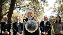 Secretary Salazar announces the State of the Birds Report in Austin