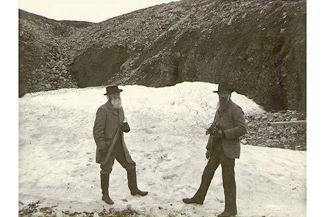 John Burroughs and John Muir, probably on St. Matthew Island, Alaska, July 1899. Image courtesy of University of Washington Libraries, Special Collections, HAR105.